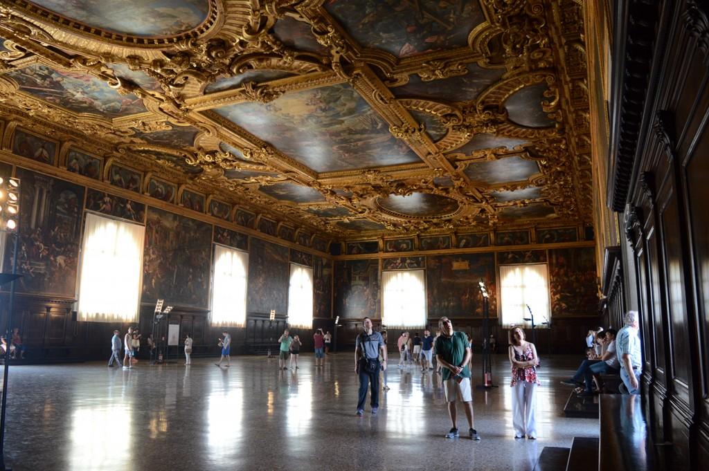 venise palais doges plafond décoration tableau grande salle