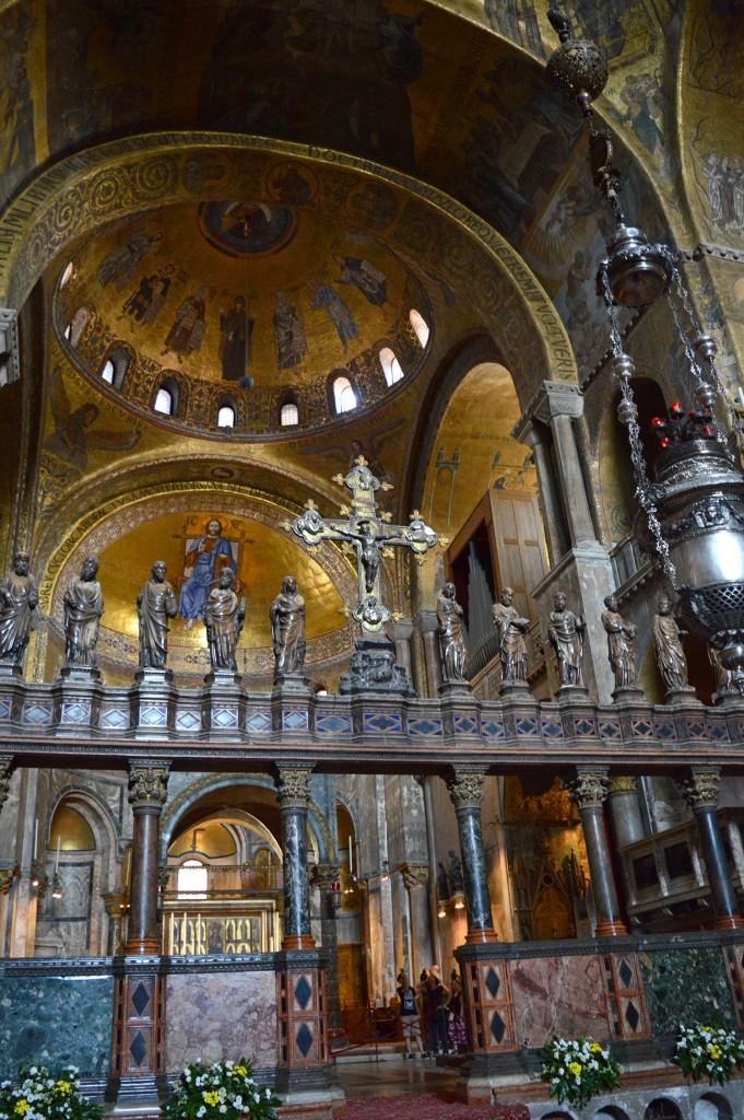 venise basilique saint marc intérieur or