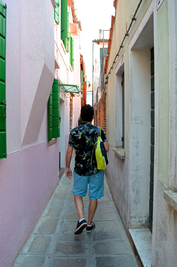 burano balade petite rue colorée