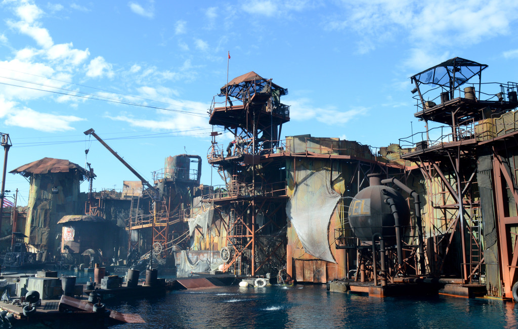 Set Waterworld