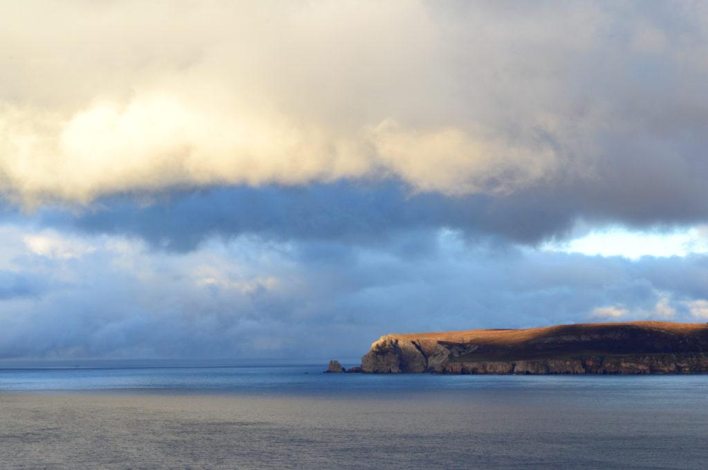 coucher de soleil sur les falaises