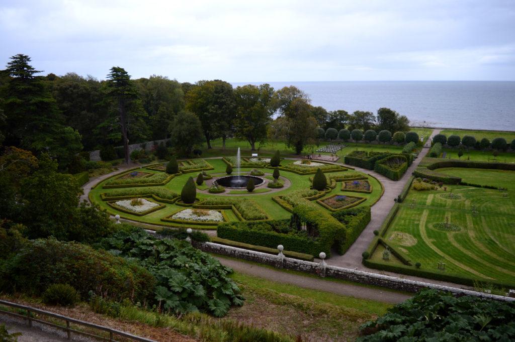 jardins travaillés du chateau
