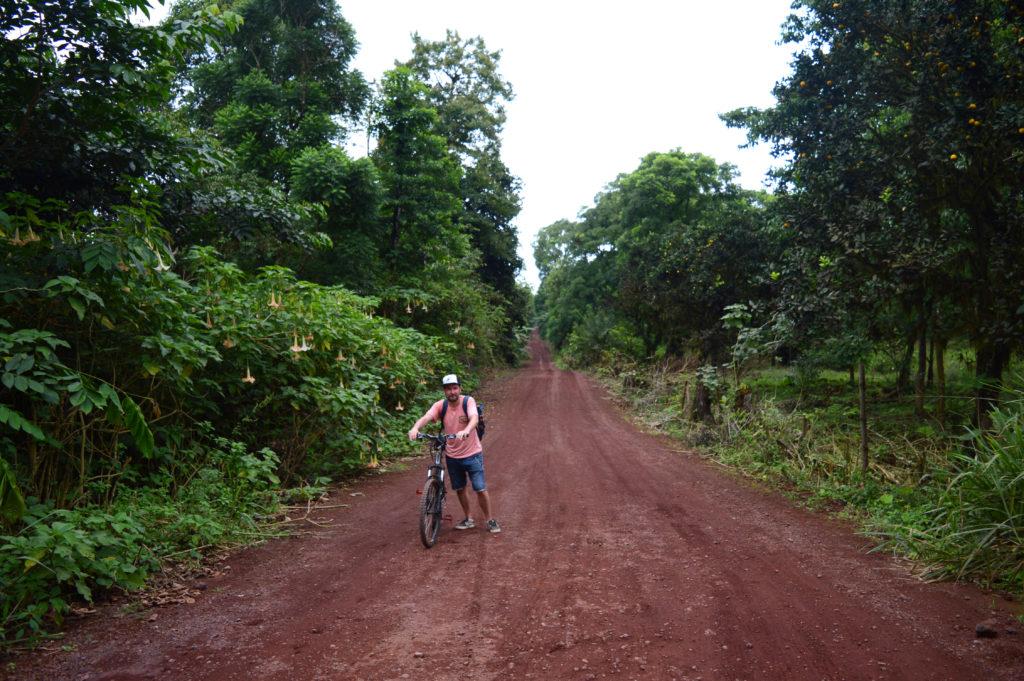 route de terre à vélo