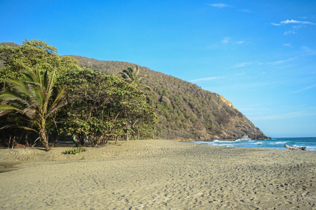 plage des caraibes au lever du soleil, playa brava