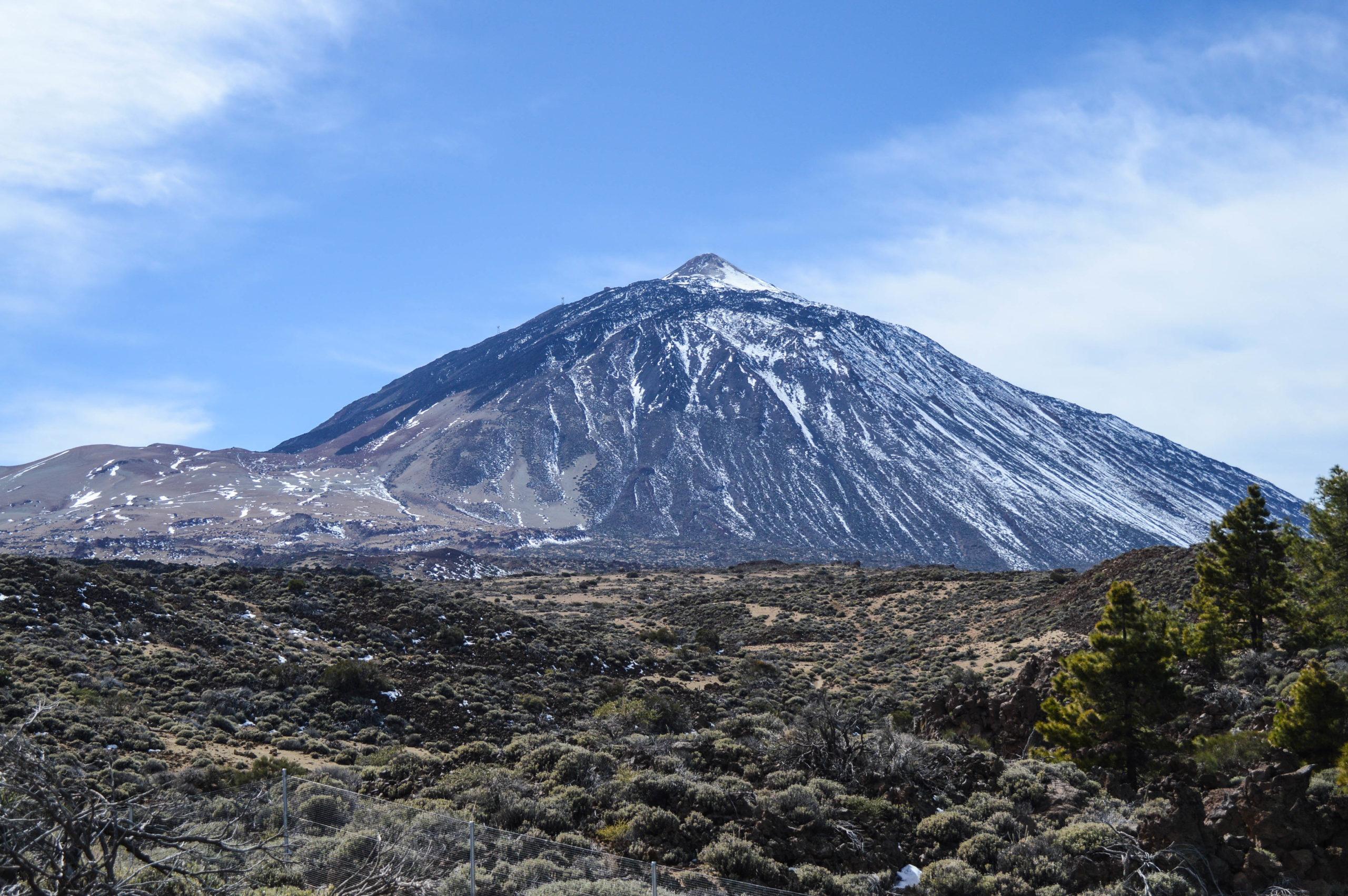 volcan teide enneigé