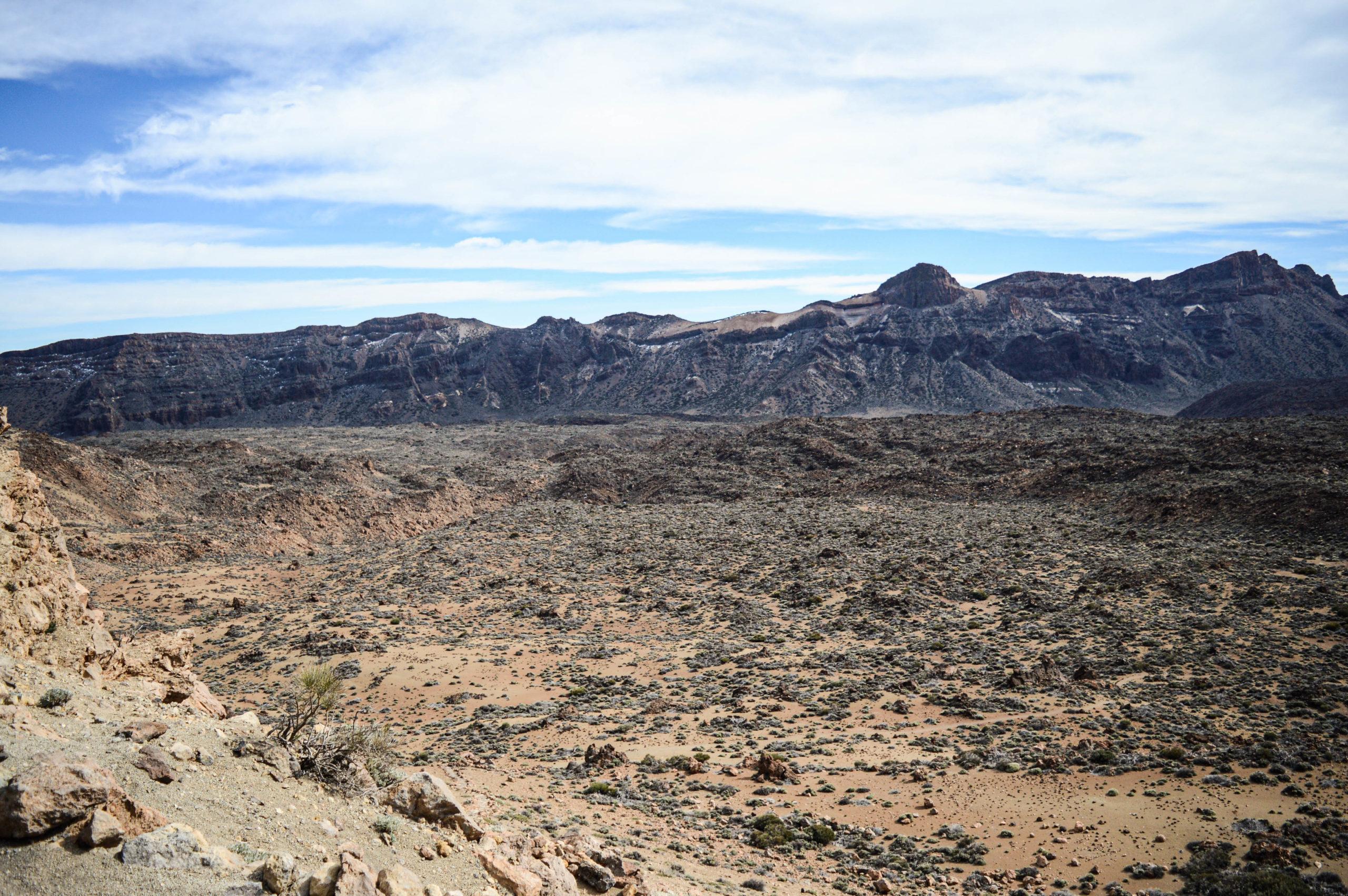 visiter les canaries pour ses paysages désertiques et lunaires